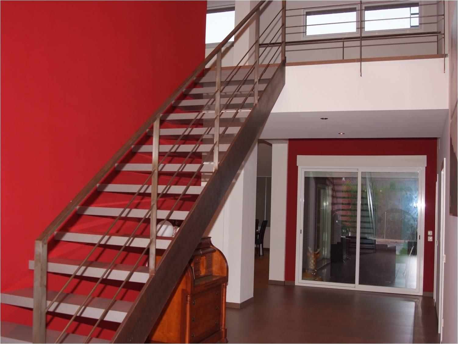 Dise o de escaleras maxalto for Soluciones para escaleras