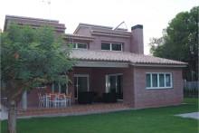 Chalet con arquitectura moderna