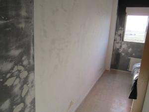 Reformas de interiores: Como realizar la primera mano de impremación al pintar las paredes