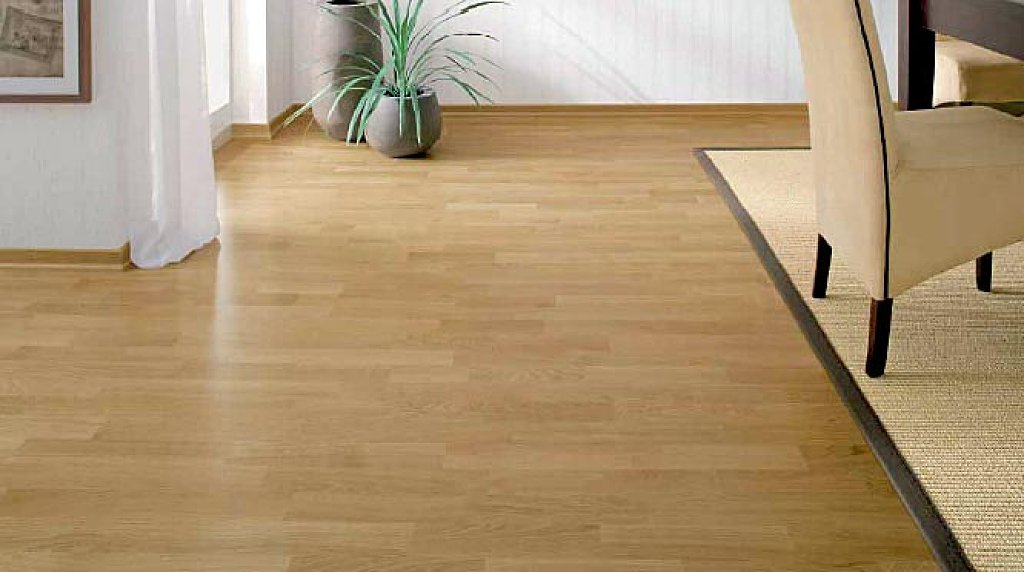 Reformas de interiores tarimas flotantes valencia maxalto - Tarima madera interior ...